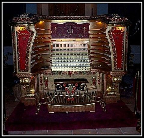Chicago Stadium Barton Organ