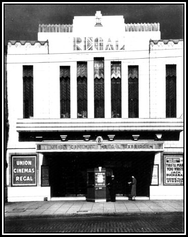 Uxbridge_Regal Exterior 1935 TMC bord.